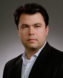 CEO Bryan da Frota - no tie